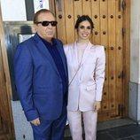 Elena Furiase y su padre, Guillermo Furiase, el día del bautizo de su hijo Noah