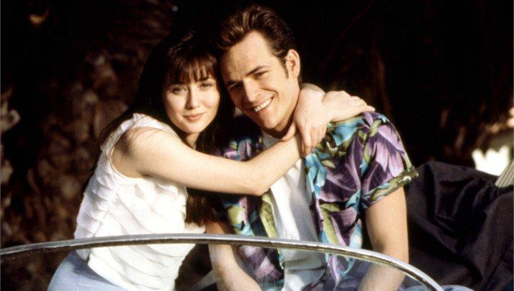 Luke Perry en Shannen Doherty en 'Sensación de Vivir'