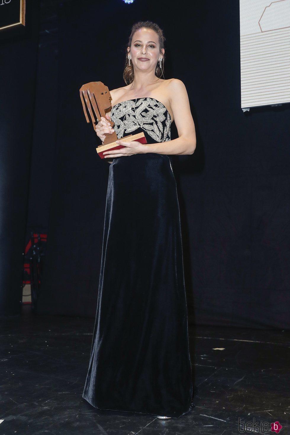 Irene Escolar con su premio Fotograma de Plata 2018