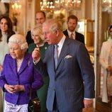 La Reina Isabel, el Príncipe Carlos, Camilla Parker, los Duques de Cambridge y los Duques de Sussex en el homenaje al Príncipe de Gales