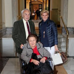 La Infanta Margarita con Carlos Zurita y su hija María Zurita en su 80 cumpleaños