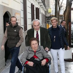 La Infanta Margarita con Carlos Zurita y sus hijos Alfonso y María Zurita en su 80 cumpleaños