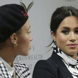 Meghan Markle en la mesa redonda de 'The Queen's Commonwealth Trust?