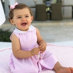 La Princesa Adrienne de Suecia celebrando su primer cumpleaños
