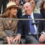 El Rey Juan Carlos y la Infanta Elena en la Feria del Milagro de Illescas