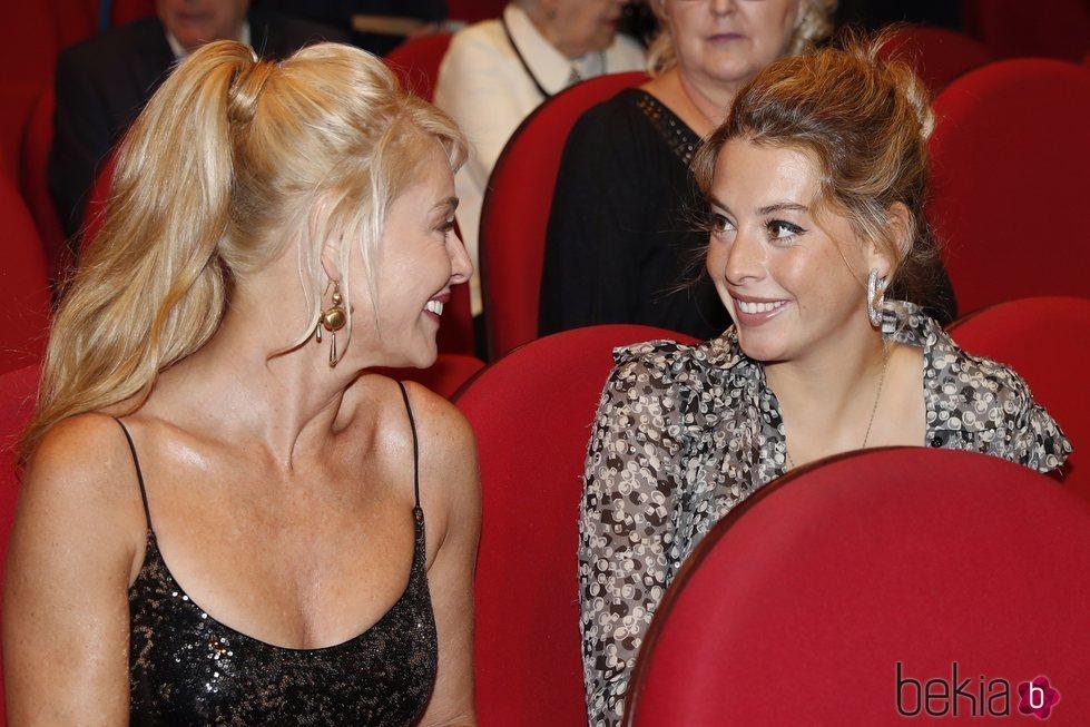 Belén Rueda y su hija Belén Écija compartiendo miradas