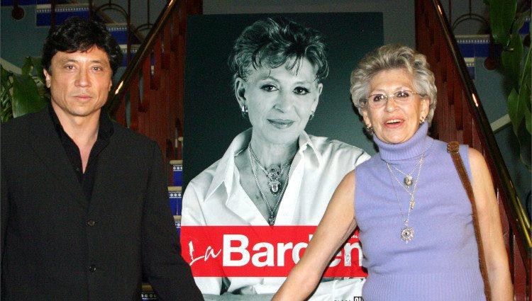 Carlos Bardem y Pilar Bardem en el estreno de 'La Bardem', el libro autobiográfico de la actriz