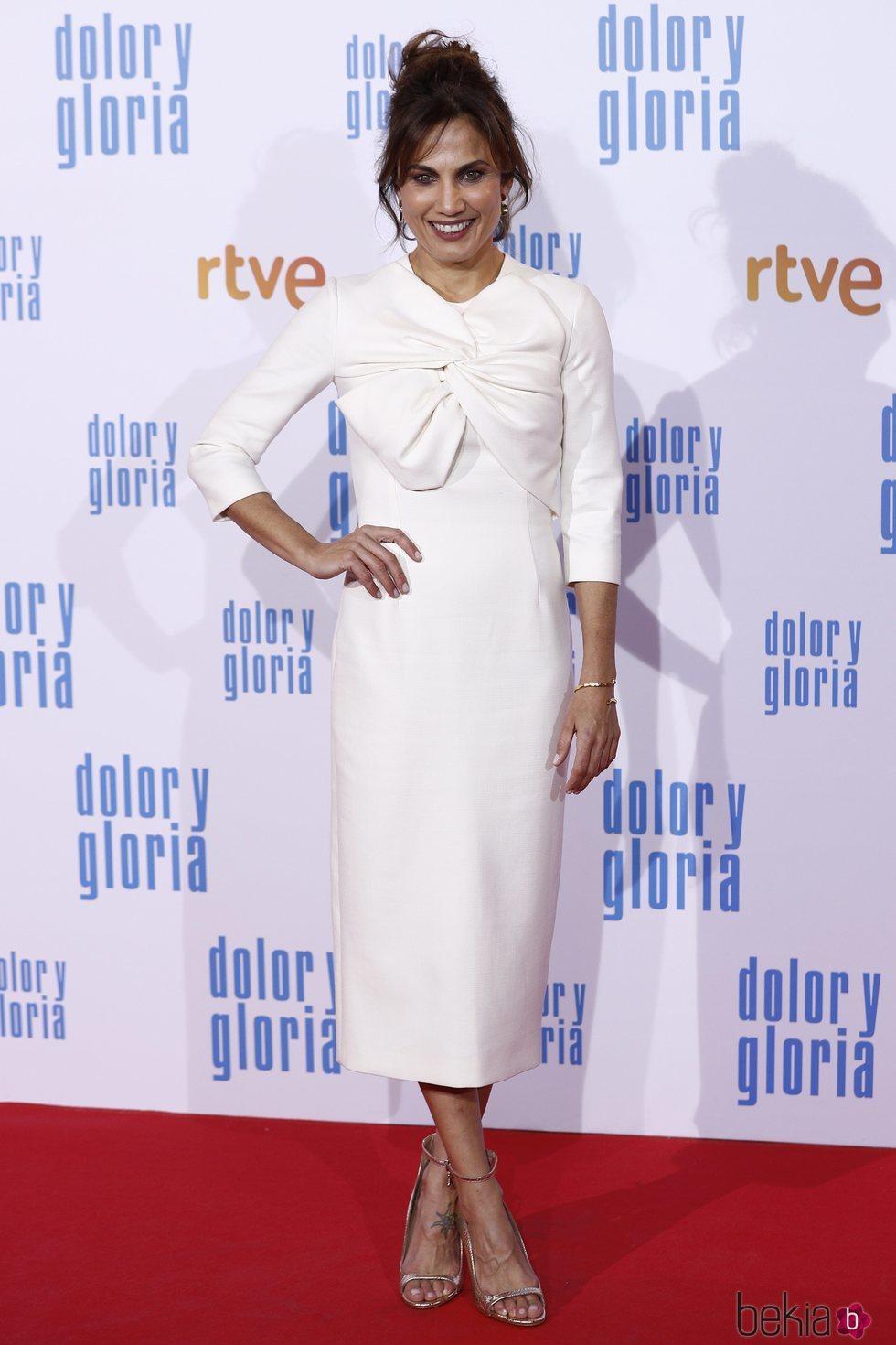 Toni Acosta en la alfombra roja de 'Dolor y gloria'