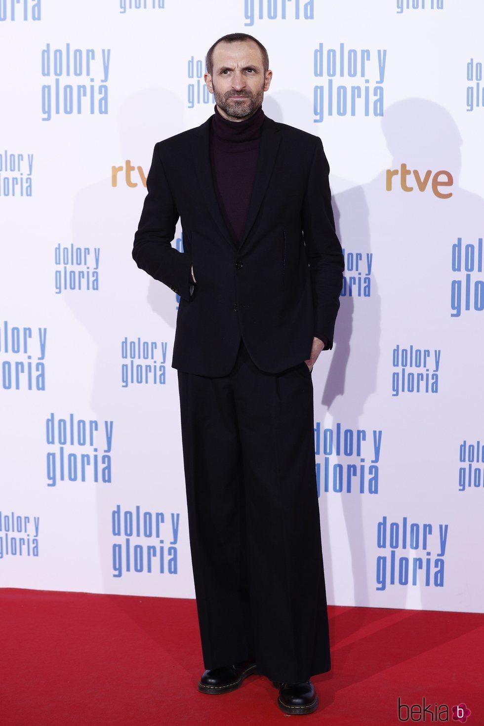 Julián Villagrán en la alfombra roja de 'Dolor y gloria'