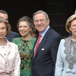 La Reina Sofía, la Princesa Irene y los Reyes Constantino y Ana María de Grecia en el bautizo de Carlos Morales