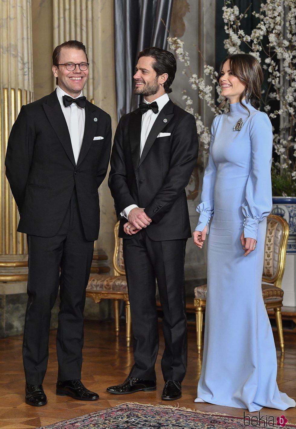 Daniel de Suecia, muy sonriente con Carlos Felipe de Suecia y Sofia Hellqvist