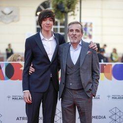 Fernando Guillén Cuervo y su hijo en la alfombra roja del Festival de Cine de Málaga 2019