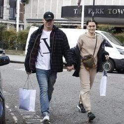 Channing Tatum y Jessie J. paseando de la mano por Londres
