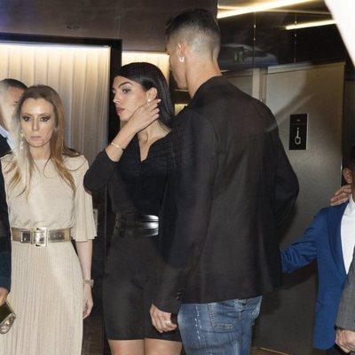Cristiano Ronaldo y Georgina Rodríguez en la fiesta de inauguración de 'Insparya'