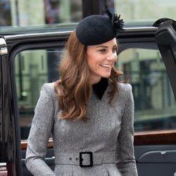 Kate Middleton acompaña a la Reina Isabel al King's College