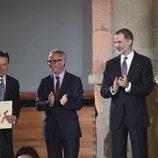 Los Reyes y el ministro de cultura entregan el Premio Nacional de Televisión a Matías Prats