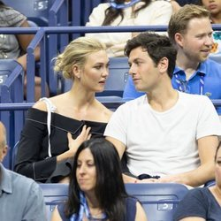 Karlie Kloss y Joshua Kushner en el US Open 2018
