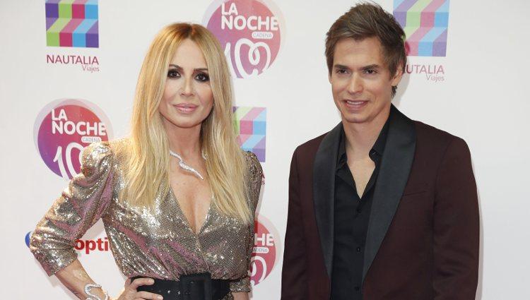 Marta Sánchez y Carlos Baute en La Noche de Cadena 100