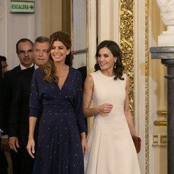 La Reina Letizia junto a la Primera Dama Juliana Awada en Buenos Aires