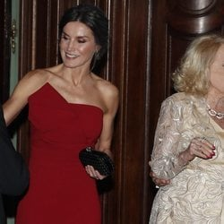 La reina Letizia junto a Mirtha Legrand en Argentina