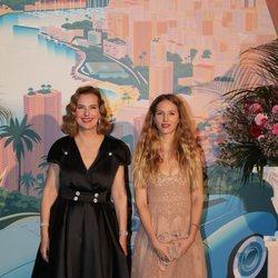 Carole Bouquet y Charlotte Giacobetti en el Baile de la Rosa 2019