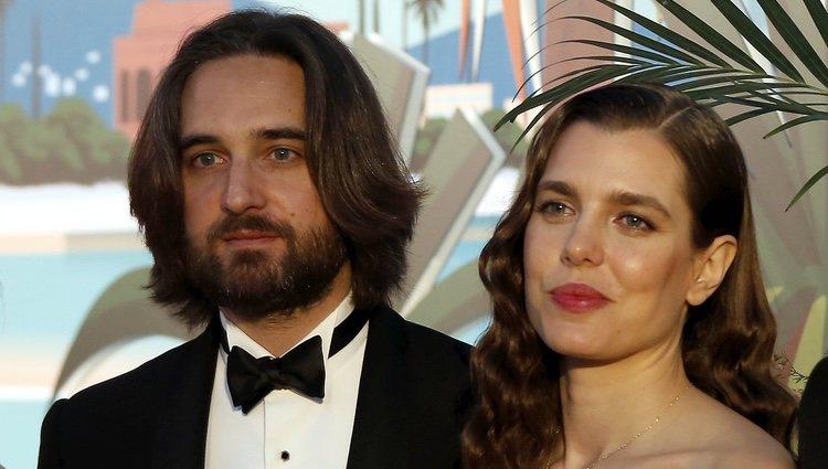 Dimitri Rassam y Carlota Casiraghi en el Baile de la Rosa 2019