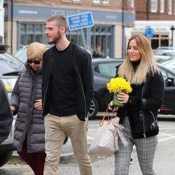Edurne y David de Gea dando un paseo por Manchester