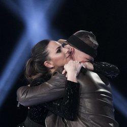 Irene Rosales y Kiko Rivera despidiéndose en 'GH DÚO' en la gala 14