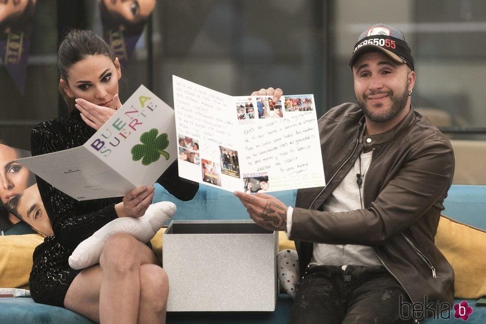 Irene Rosales y Kiko Rivera emocionados con los mensajes de sus familiares en 'GH DÚO'
