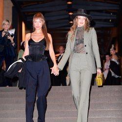 Bella y Gigi Hadid en la boda de Marc Jacobs
