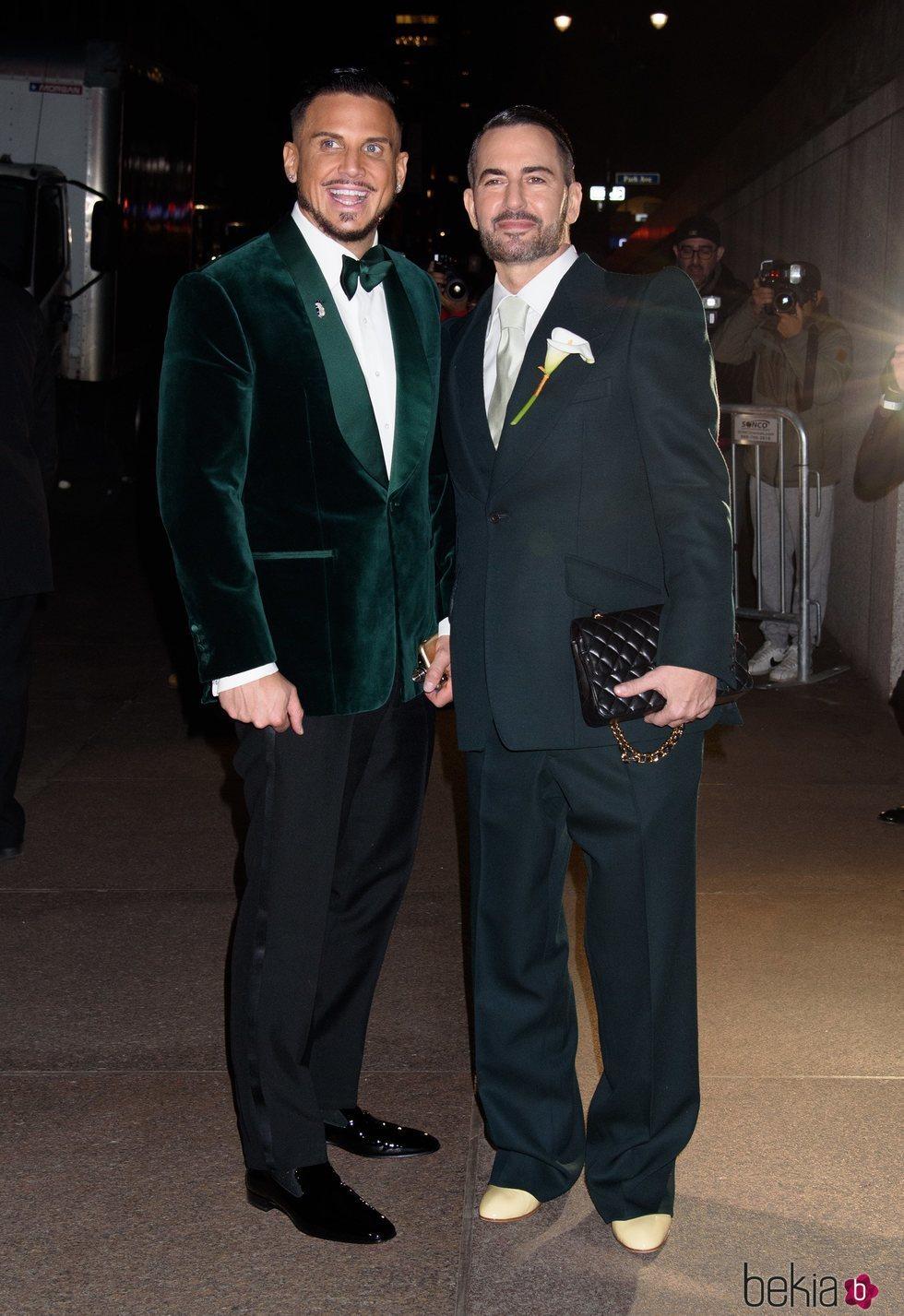 Charly DeFrancesco y Marc Jacobs en su boda