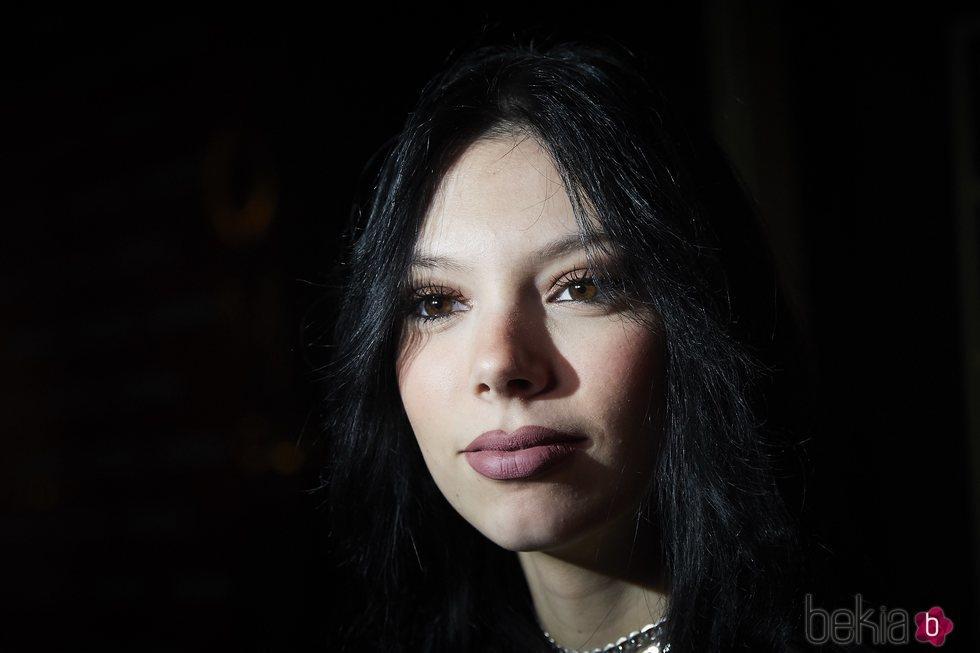 Alejandra Rubio, en un primer plano en la discoteca en la que trabaja