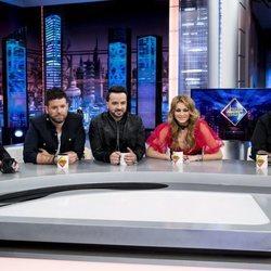 Pablo López, Antonio Orozco, Luis Fonsi y Paulina Rubio en 'El Hormiguero' hablando de 'La Voz'