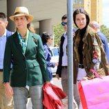 La Infanta Elena y Victoria Federica a su llegada a Sevilla