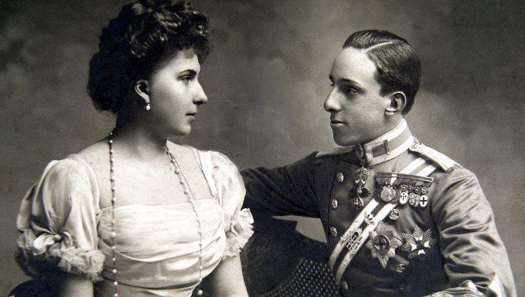 Alfonso XIII y Victoria Eugenia de Battenberg