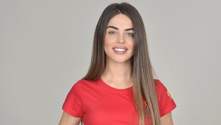 Violeta Mangriñán posa como concursante de 'Supervivientes 2019'