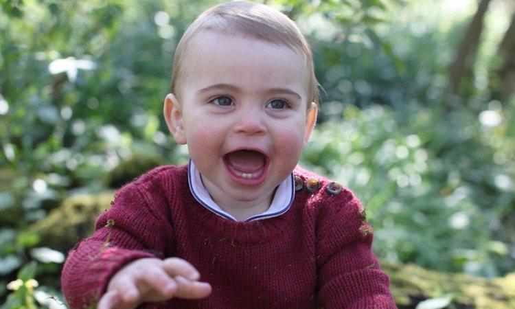 El Príncipe Luis, muy feliz en Anmer Hall