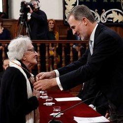 El Rey Felipe entrega el Premio Cervantes a Ida Vitale