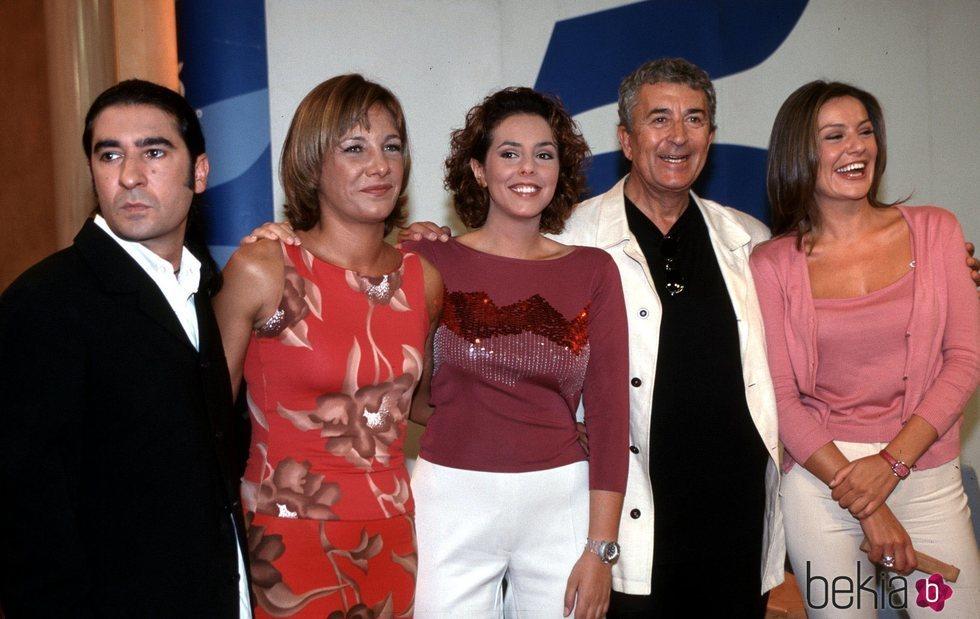 Ángel Antonio Herrera, Belén Rodríguez, Rocío Carrasco, Paco Valladares y Nuria González en la presentación de un programa