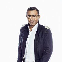 Jorge Javier Vázquez posando como presentador de 'Supervivientes 2019'