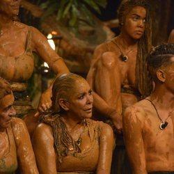 Isabel Pantoja repleta de barro en la palapa de 'Supervivientes 2019'
