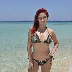 Posado oficial de Aneth Acosta en la playa para Supervivientes 2019