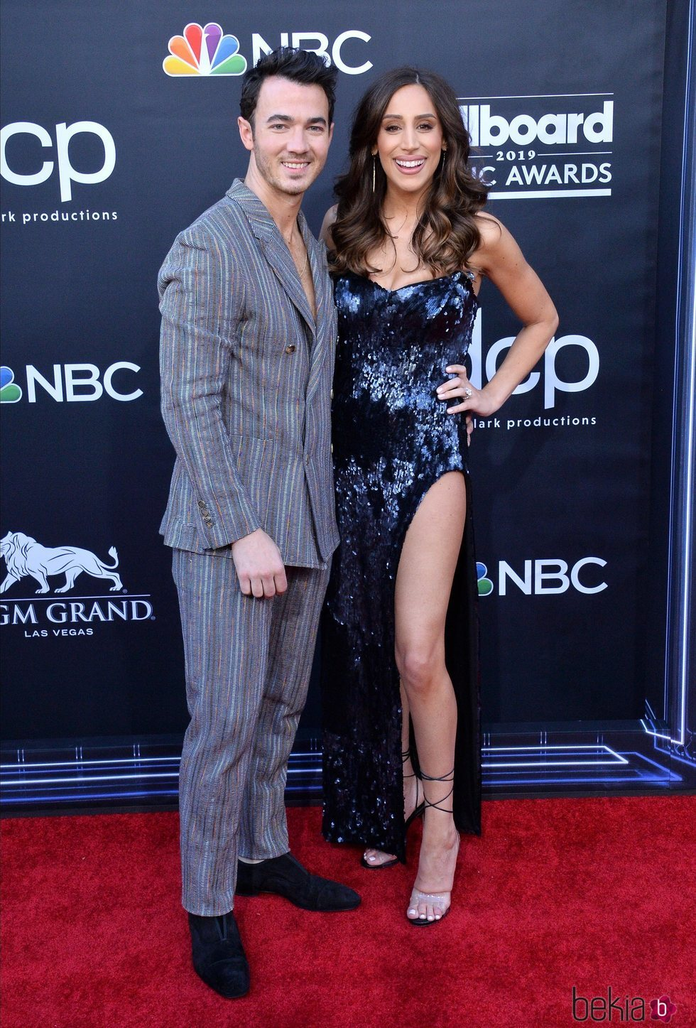 Kevin Jonas y Danielle Jonas en los Billboard Music Awards 2019