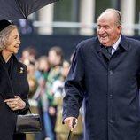 Los Reyes Juan Carlos y Sofía en el funeral del Gran Duque Juan de Luxemburgo