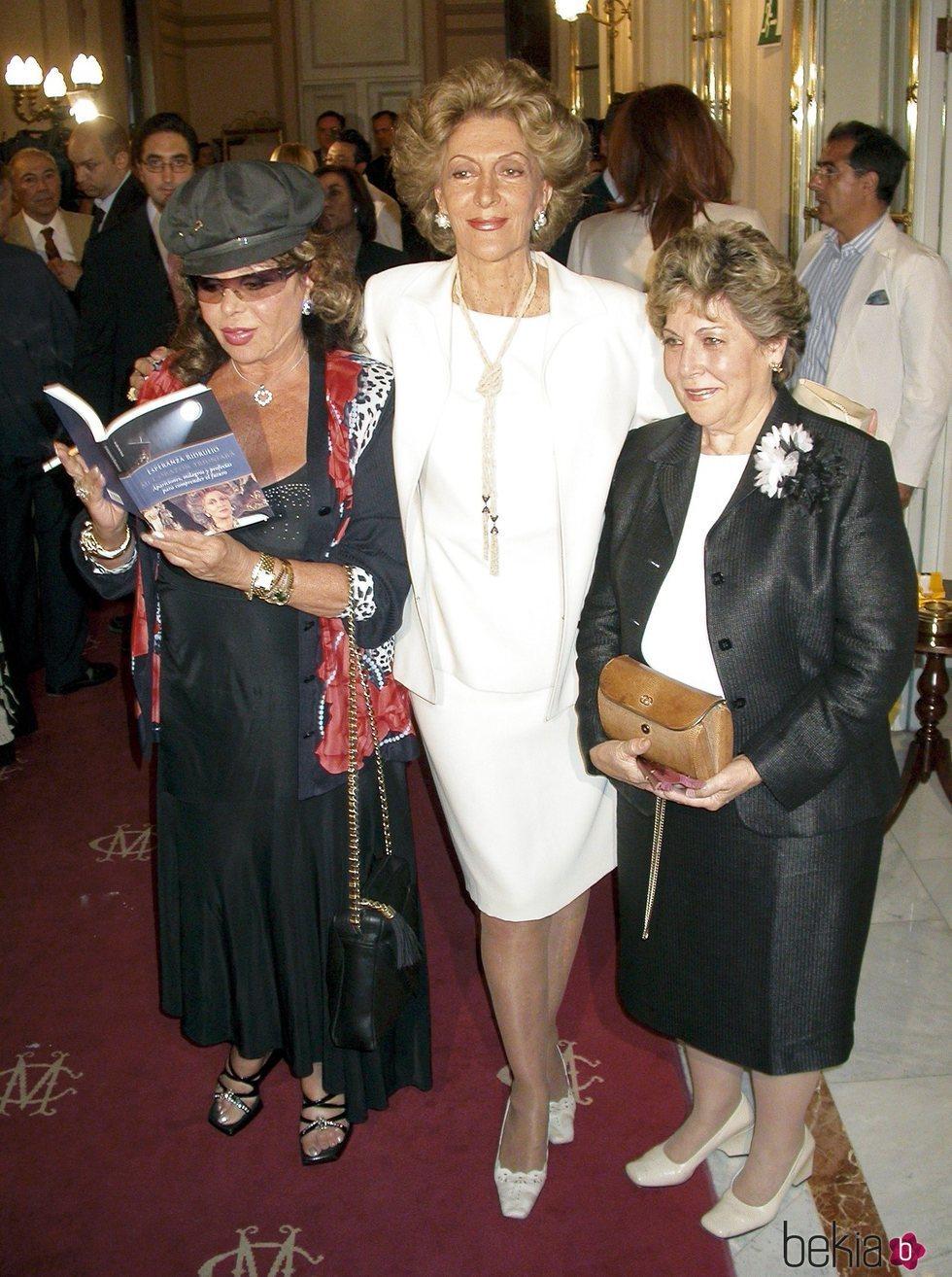 Marujita Díaz, Pitita Ridruejo y Paloma Gómez Borrero