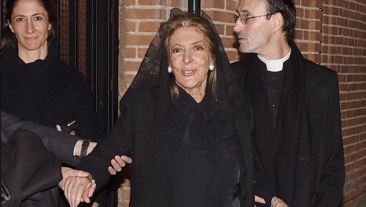 Pitita Ridruejo en el funeral de Mike Stilianopoulos