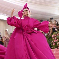Lady Gaga en la alfombra roja de la Gala MET 2019