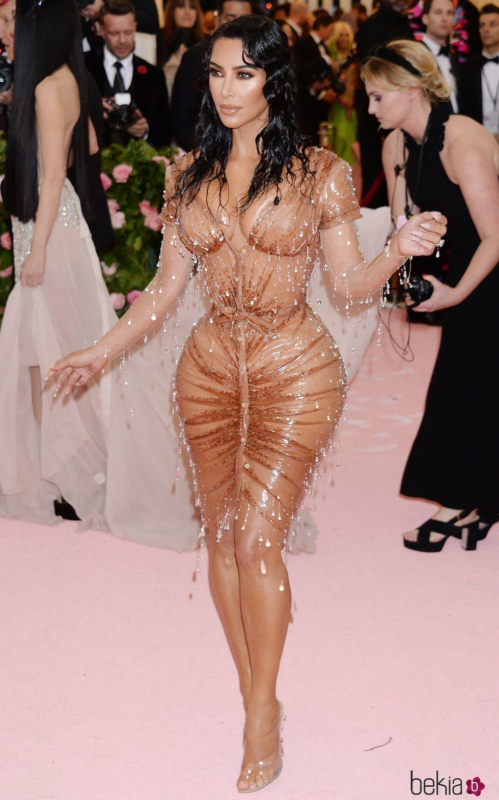 Kim Kardashian en la alfombra roja de la Gala MET 2019