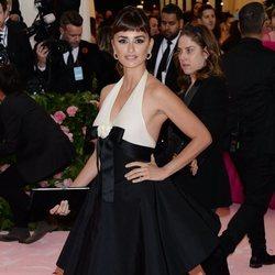 Penélope Cruz en la alfombra roja de la Gala MET 2019