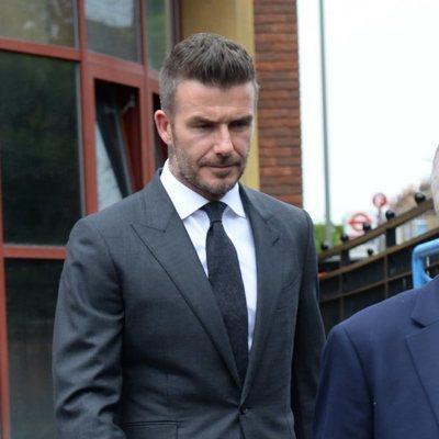 David Beckham saliendo de los Juzgados tras retirarle el carnet de conducir 6 meses